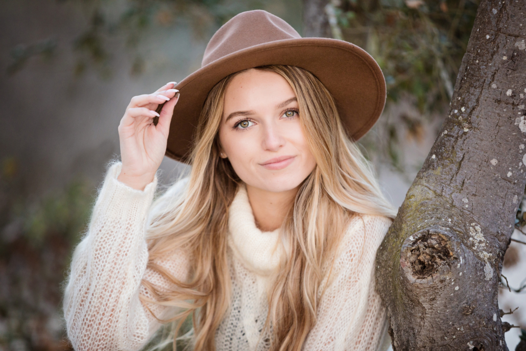 Boho styled high school senior portraits 2