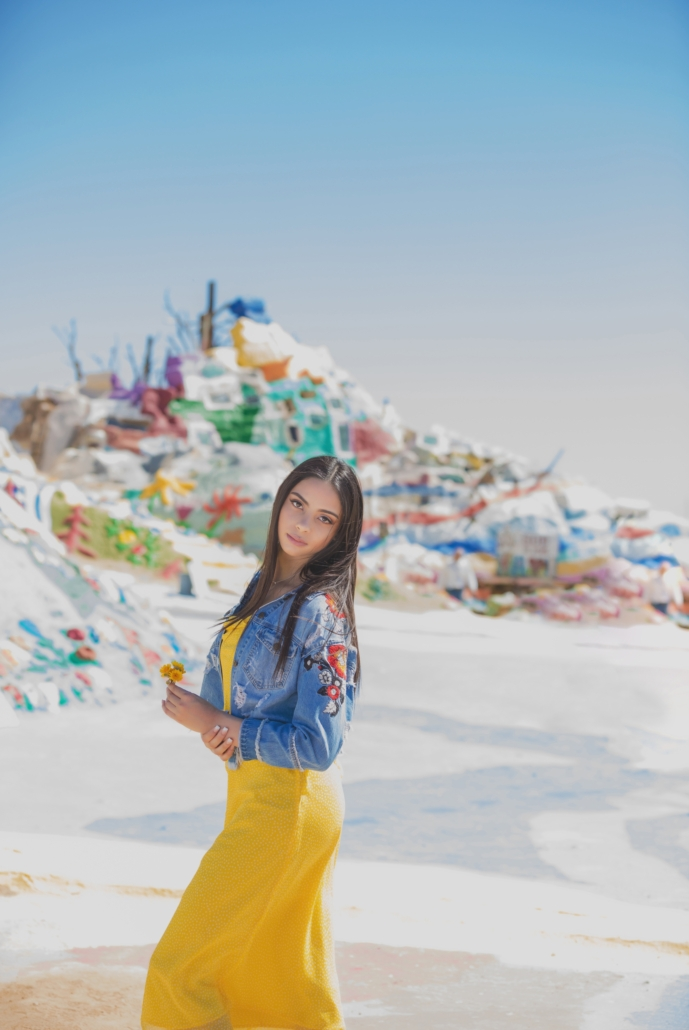 Salvation mountain senior session